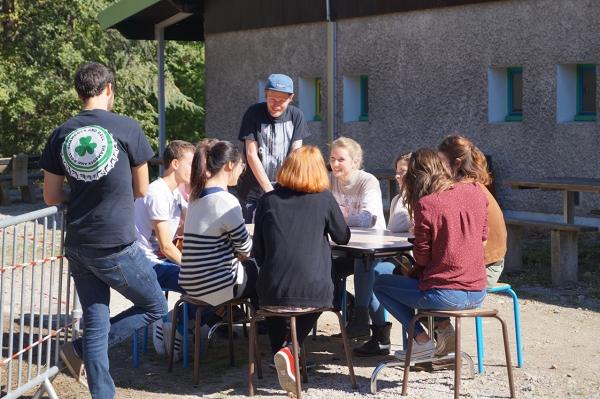 """Jeu de """"speed-meeting"""" des volontaires du Rhône"""