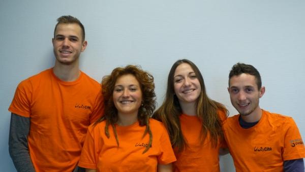 L'équipe de volontaires sur le projet