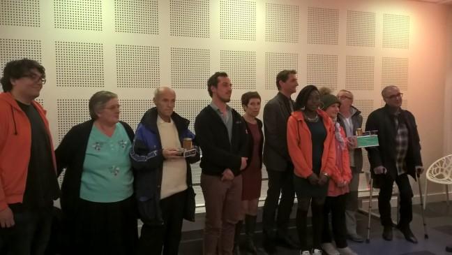 Lauréats du Défi, volontaires et partenaires d'Unis-Cité lors de la remise des prix